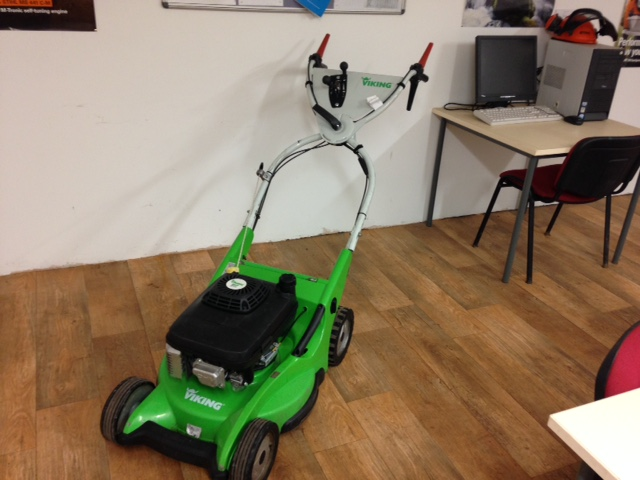 Arbschool Viking mower